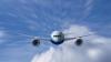 Пилот авиалайнера застрял в туалете самолета перед посадкой в аэропорту