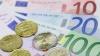 Единая европейская валюта продолжает обесцениваться