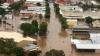 Австралийские власти эвакуируют жителей штата Квинсленд из-за угрозы наводнения