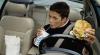 Что не стоит есть за рулем, или Десять причин автокатастроф