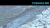 Мороз прорывает трубы: на столичной улице Бернардацци вода течет второй день