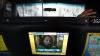 В Азии популярны такси с системой караоке, а в Нью-Йорке - с планшетными компьютерами