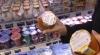 Салаты, жареная рыба и котлеты с истекшим сроком годности обнаружены в столичном супермаркете