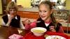 Обед школьника в столице стоит семь леев
