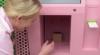 Первый в мире автомат с кексами заработал в США