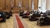 Микрофон коммунистов в парламенте «захватила» ЛДПМ. Лупу: Те, кто на местах ПКРМ, перенимают их навыки