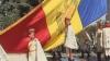 Самый большой государственный флаг был поднят перед зданием правительства (ВИДЕО)