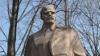 Местные избранники Новых Анен должны принять решение о сносе памятника Ленину