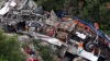 Албанские власти объявили траур по 12 погибшим в результате ДТП