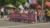 Протест вместо праздника: коммунисты прошли по центру столицы (ВИДЕО)