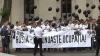 Черные воздушные шары были запущены либералами перед посольством России