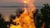 В Крыму отдыхающие развели костер для шашлыка на снаряде