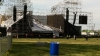 Один человек погиб, трое ранены в результате обрушения сцены на концерте Radiohead