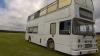 Молодожены из Англии поселились в автобусе (ВИДЕО)