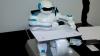 Робот-художник SketRobo умеет рисовать эскизы