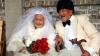 Китайская пара сфотографировалась для свадебного альбома после 88 лет брака