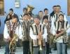 Группа колядующих в селе Оксентя начала обходить дома жителей (ВИДЕО)
