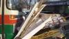 Пассажирский автобус в центре Кишинева врезался в табачный киоск, есть пострадавшие