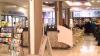 Первый этаж РКБ, оформленный под залог министром Усатым, больше похож на торговый центр в миниатюре