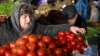 На рынках появилась первая зелень, необходимая для здорового питания весной