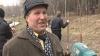 Некоторые чиновники мэрии пришли на уборку парка Валя Морилор в костюмах и при галстуке