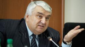 Бывший юрист АНМ обвиняет Серафима Урекяна в поощрении зарплаты в конвертах