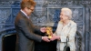 Королеве Елизавете II вручили кинопремию BAFTA
