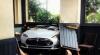 Пожилая женщина на Tesla Model S врезалась в ресторанчик