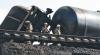 Более 50 цистерн с топливом сошли с рельсов на вокзале в Ростовской области