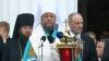 Благодатный огонь привезла делегация во главе с митрополитом Владимиром