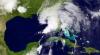 Первая в этом сезоне тропическая буря достигла западного побережья Флориды
