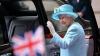 """В Букингемском дворце поведение сотрудников ВВС во время визита королевы сравнили с """"зомби"""""""