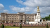 """Служащие Букингемского дворца работают """"по вызову"""""""