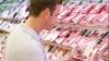 Около 25 тонн испорченных или просроченных продуктов изъято из продажи с начала лета