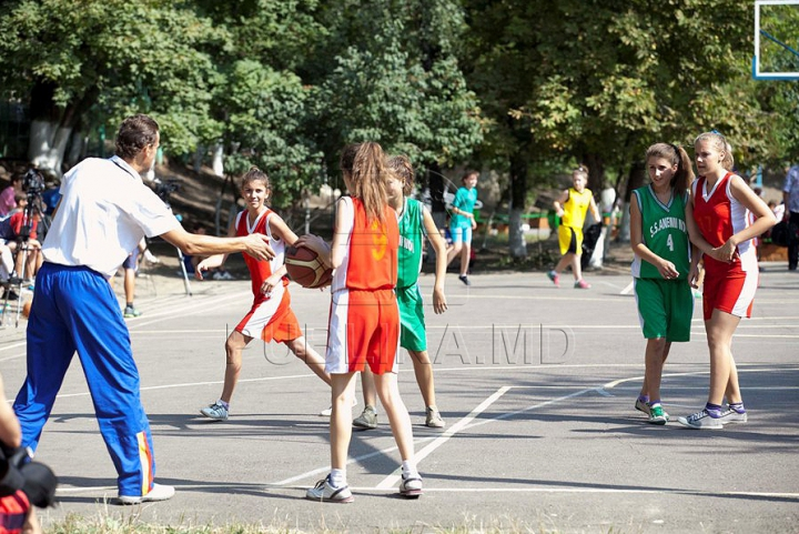 Самые яркие моменты с соревнований на кубок Publika TV по баскетболу (ФОТОРЕПОРТАЖ)