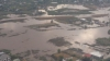 Жители уезда Галац откачивали воду из подвалов домов, опасаясь очередного потопа