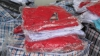 Контрабандное женское белье и консервированную вишню нашли молдавские таможенники