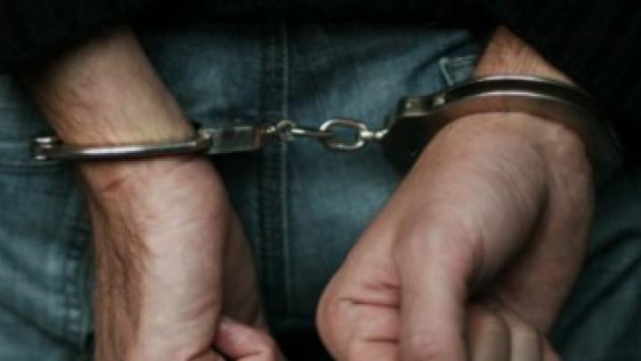 Двоих мужчин посадили под домашний арест за похищение человека в Тогатино