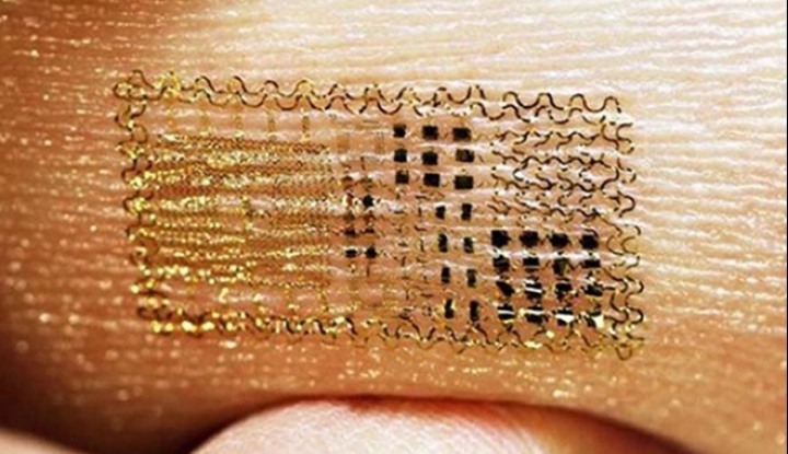 Разработана электронная татуировка, считывающая температуру тела
