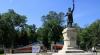 Празднование Дня города началось с возложения цветов к памятнику Штефану чел Маре (ВИДЕО)