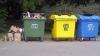 Спецконтейнеры для мусора простаивают зря: жители столицы не научились сортировать отходы