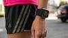 Adidas анонсировала «умные» часы для бегунов