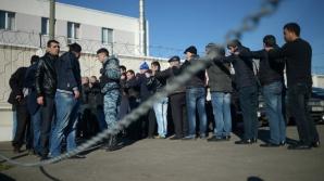 Полиция задержала больше тысячи человек на овощебазе в Бирюлево