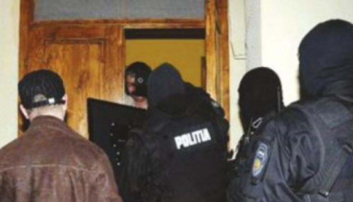 На молдо-румынской границе проводятся масштабные обыски