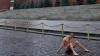 """Необычная """"Фиксация"""": художник прибил свои гениталии к брусчатке на Красной площади"""