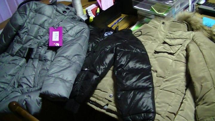 На леушенской таможне в пассажирском автобусе нашли партию контрабандной детской одежды