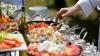 Кейтеринговые компании приходят на помощь тем, кто не успевает приготовить праздничный стол