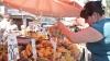 Налоговые инспекторы проверили один из столичных рынков