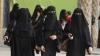 """Саудовским женщинам смягчили режим """"супружеской слежки"""" за границей"""
