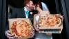 Молодожены из Англии заказали на свадьбу пиццу с собственными портретами